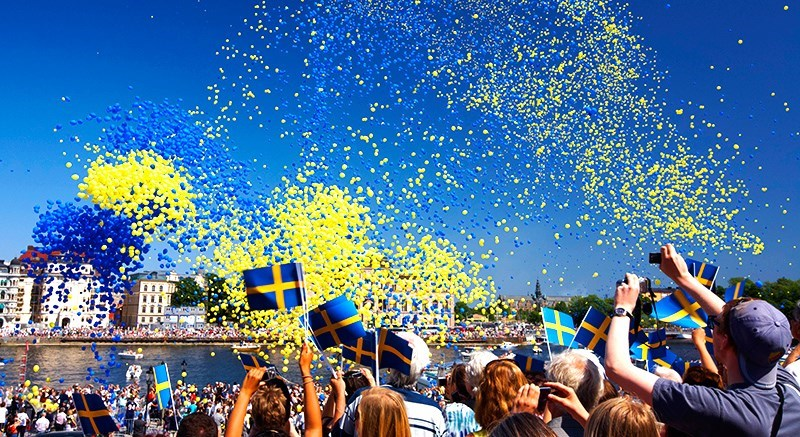 sweden_celebration_flag_olaericson_imagebankswedense